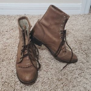 Justin Boots brown lace up boots  US sz 9